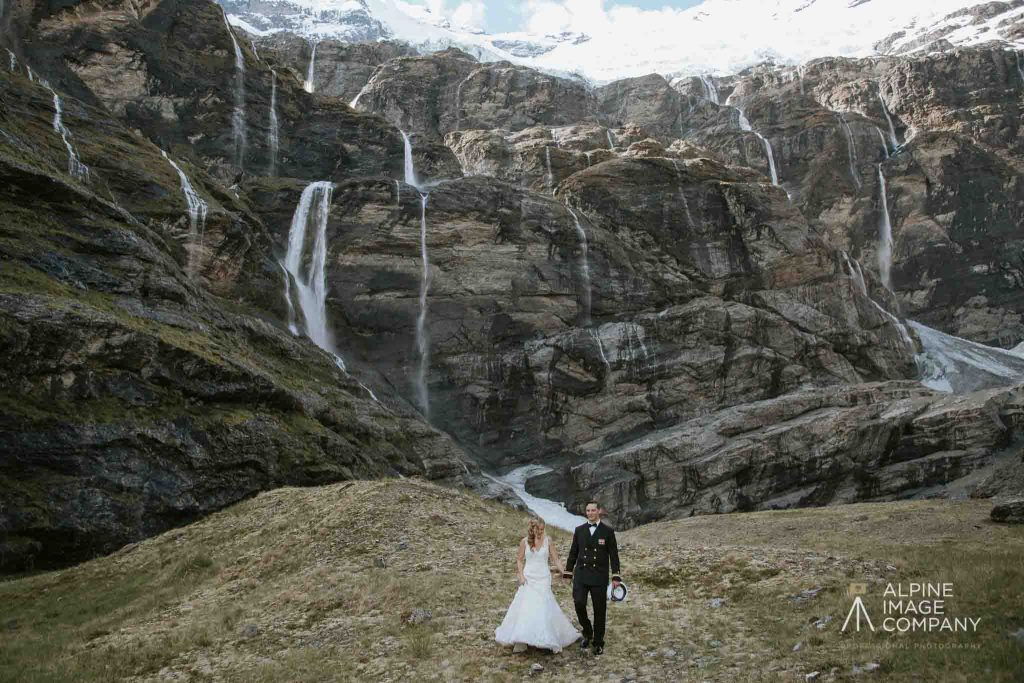 Earnslaw Burn elopement Queenstown.